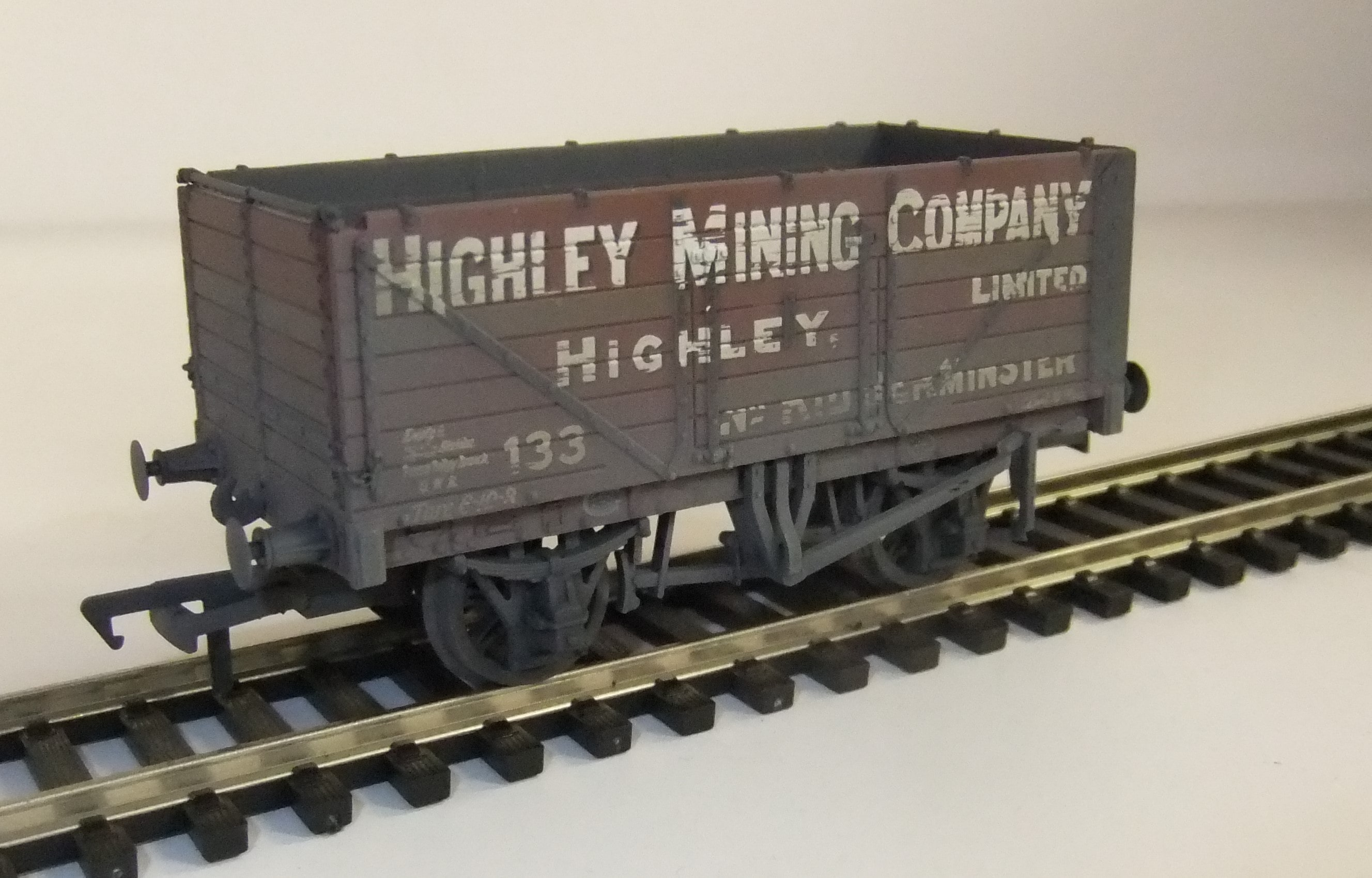 37-093 7 plank Highley mining co. weathered