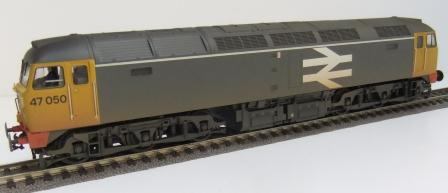 31-664 BR Class 47 Railfreight Grey weathered