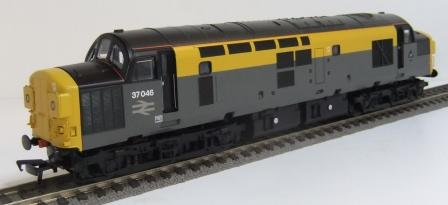 32-792 Class 37 BR grey & yellow