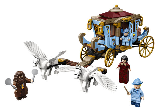 Beauxbatons' Carriage: Arrival at Hogwarts