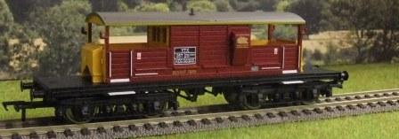 33-832 Queen Mary Brake Van EWS