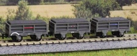 GR-321 3 x 2 Ton Slate Wagons, Unbraked (2) Braked (1)