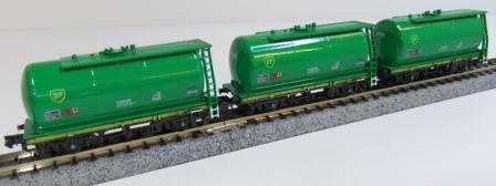Offer 9. 3x Green BP TTA tank wagons A,B C