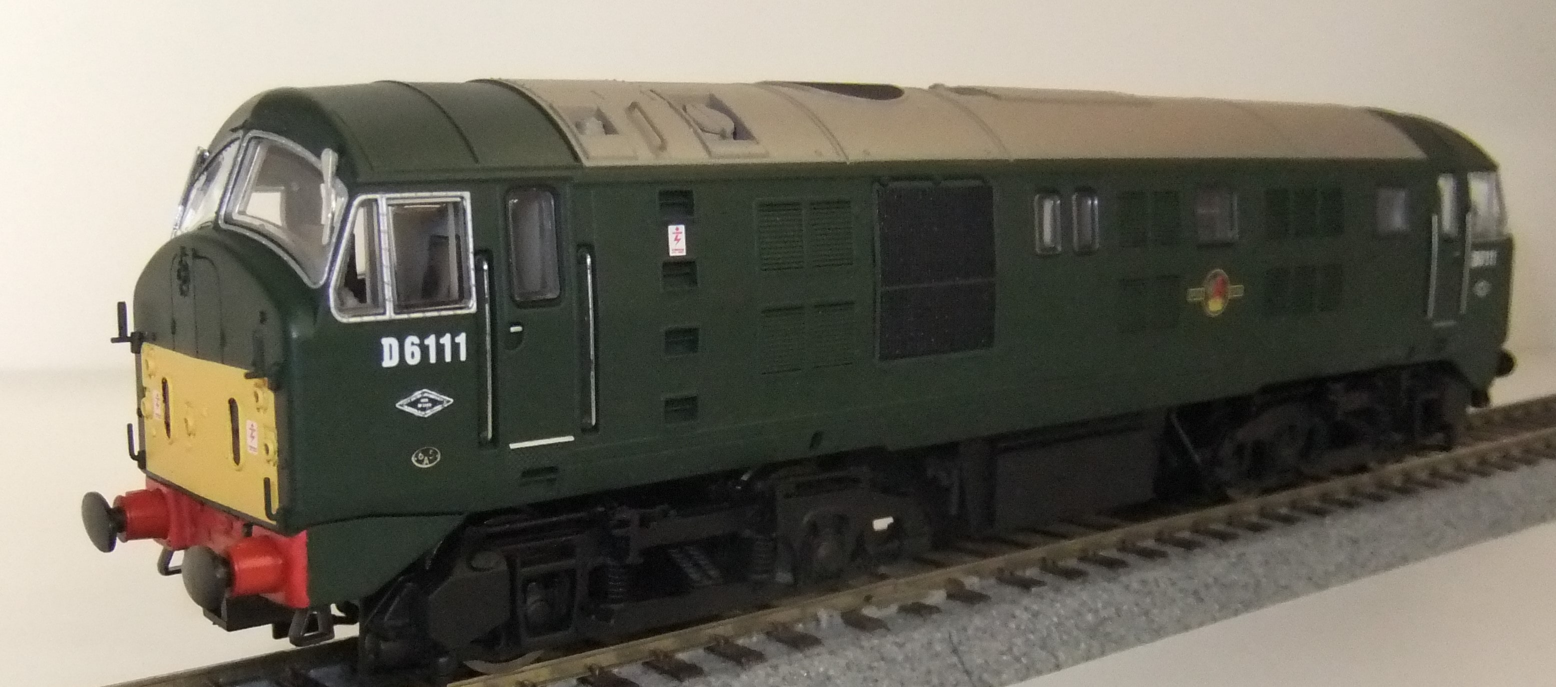 4D-025-004 Class 21 BR Green with small yellow panel