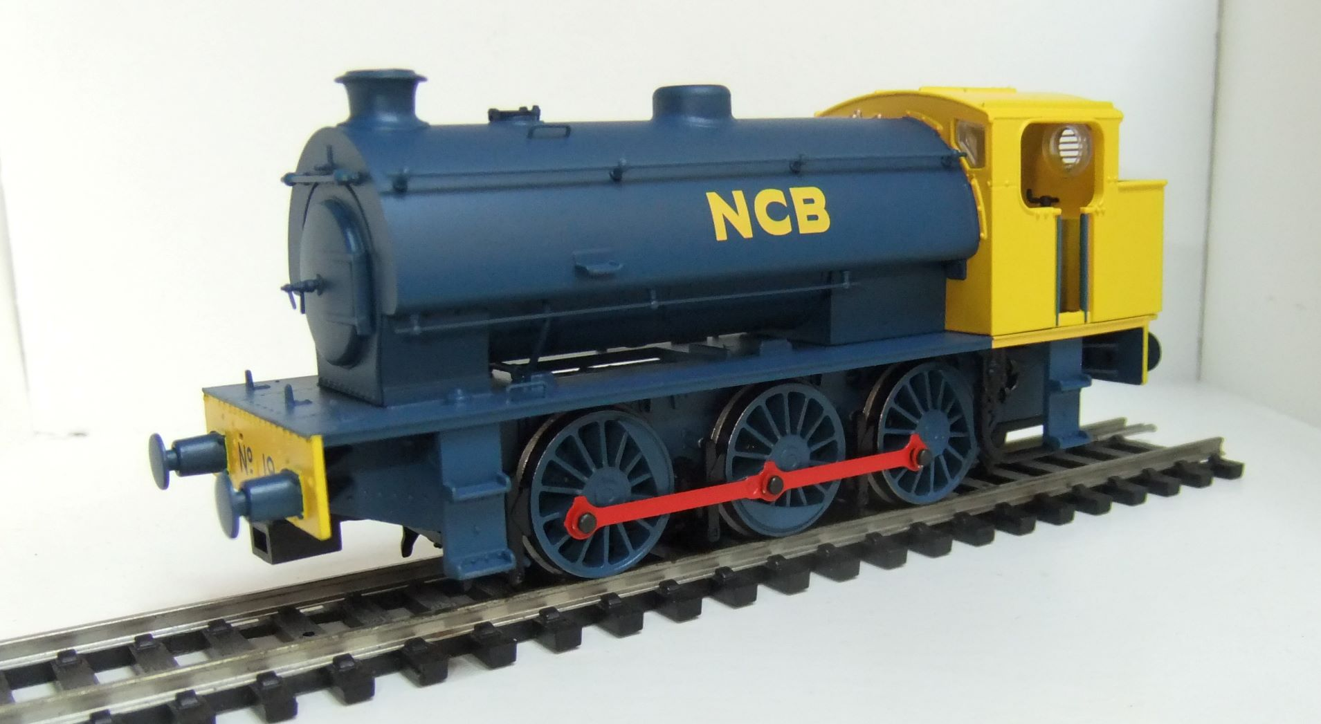 E85003 J94 National Coal Board