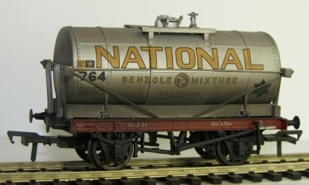 37-659Z 3 pack 14 Ton Tank National Benzole weathered